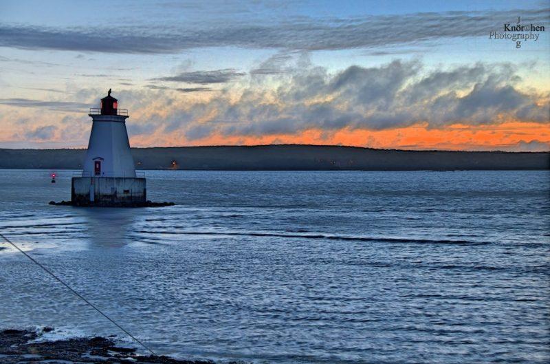 Sandy Point Lighthouse, near Shelburne, Nova Scotia, Kanada