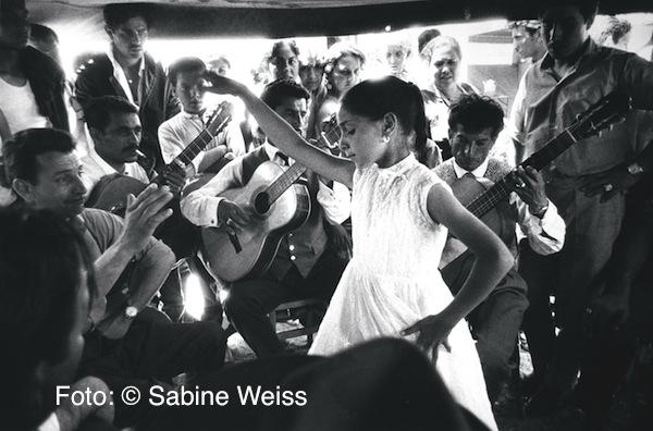 06 Sabine Weiss, Saintes-Maries-de-la-Mer, 1960