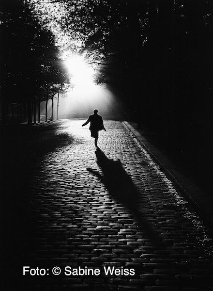 13 Sabine Weiss, Paris, 1953
