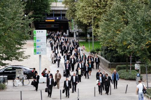 Der Eingang Süd der Kölnmesse ist die direkte Verbindung zu den Fernzügen, die am ICE-Terminal Köln Messe/Deutz ankommen. Foto © Koelnmesse GmbH