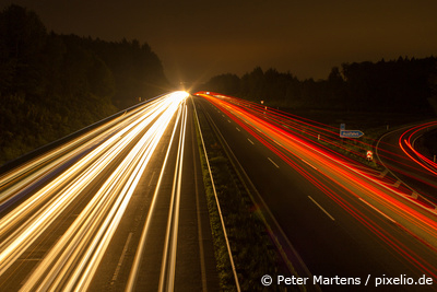Langzeitbelichtung © Peter Martens / pixelio.de (zur Verfügung gestellt durch Rahmenversand.com)