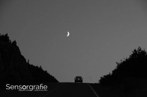 Balance - Der Mond grafisch klein hat dennoch eine große Balance-Wirkung